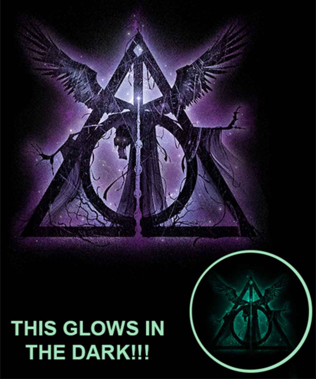 Qwertee: Three Brothers Tale-Glowing Spell