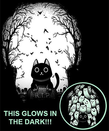 Qwertee: Black Cat – Glow in the Dark