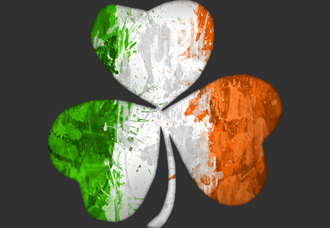 Design by Humans: Irish Flag Shamrock Grunge